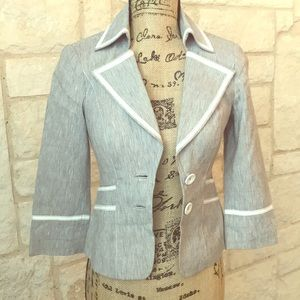Gorgeous blazer BEBE Collection